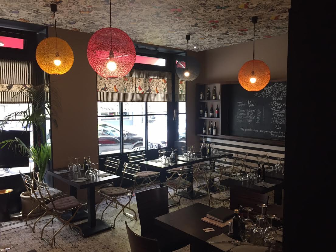 vente commerce baisse de prix restaurant nice quartier du port 75 m. Black Bedroom Furniture Sets. Home Design Ideas