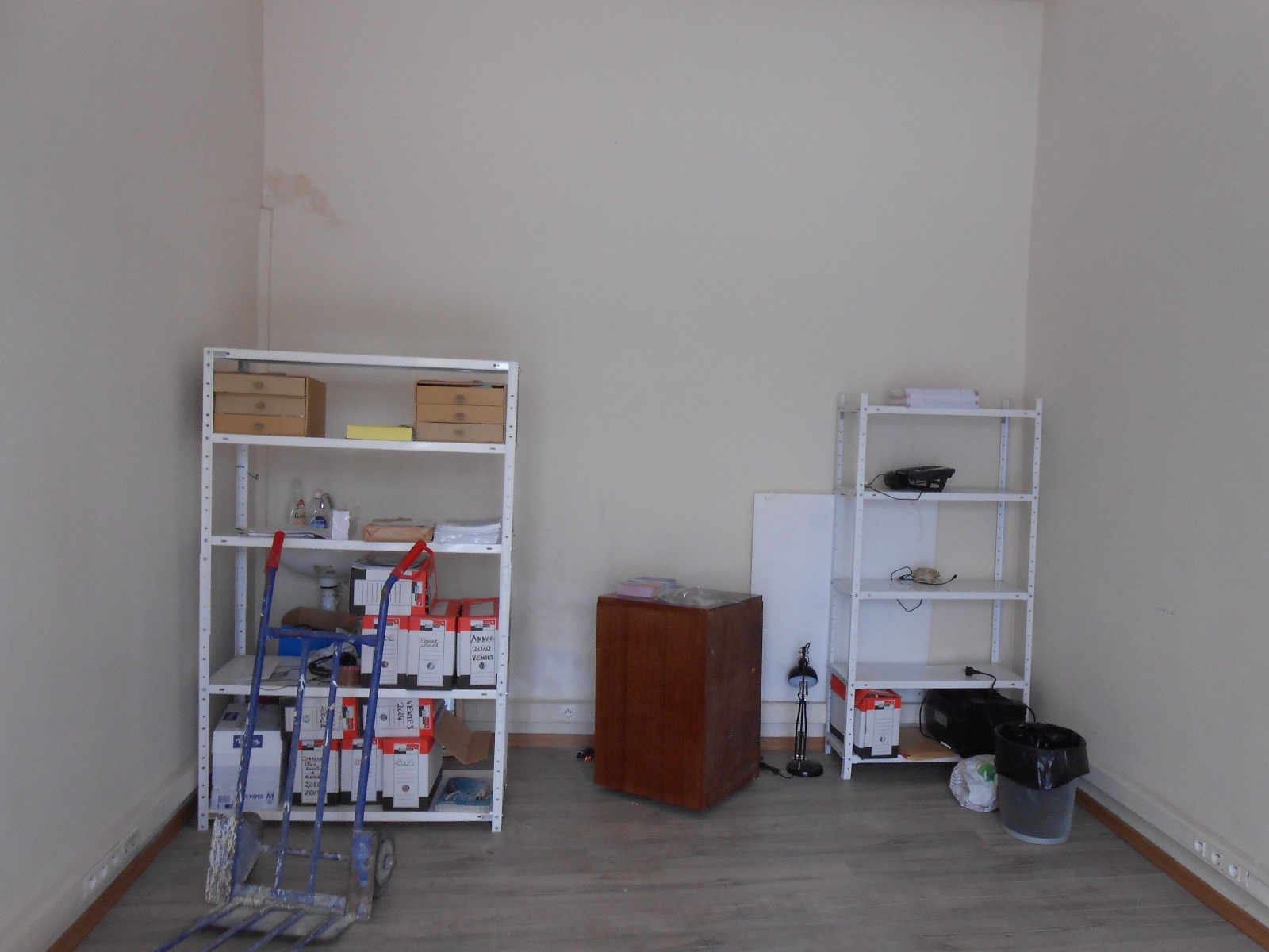 vente commerce magasin 18 m nice centre ville. Black Bedroom Furniture Sets. Home Design Ideas