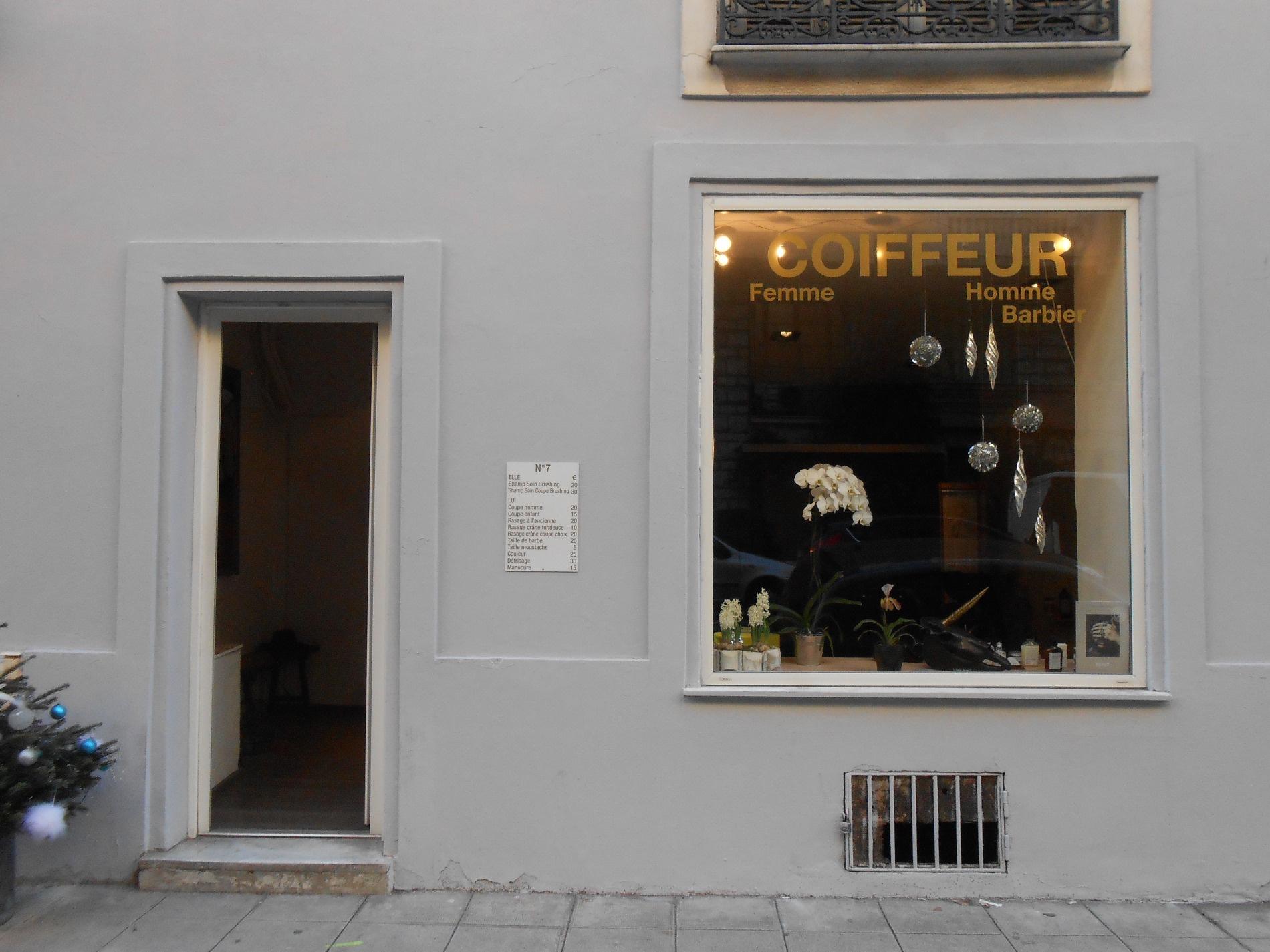 Location commerce salon de coiffure nice rue rossini for Local a louer pour salon de coiffure